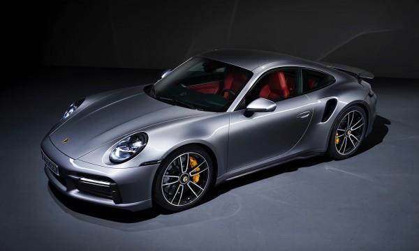 Lóerő-injekciót kapott a Porsche Turbo